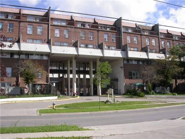 10 Eddystone Ave #140, Toronto, ON M3N 2T2 (#W4123127) :: Beg Brothers Real Estate