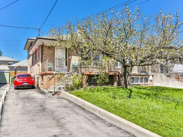 6 Newlin Cres, Toronto, ON M3L 1X5 (#W4123877) :: Beg Brothers Real Estate