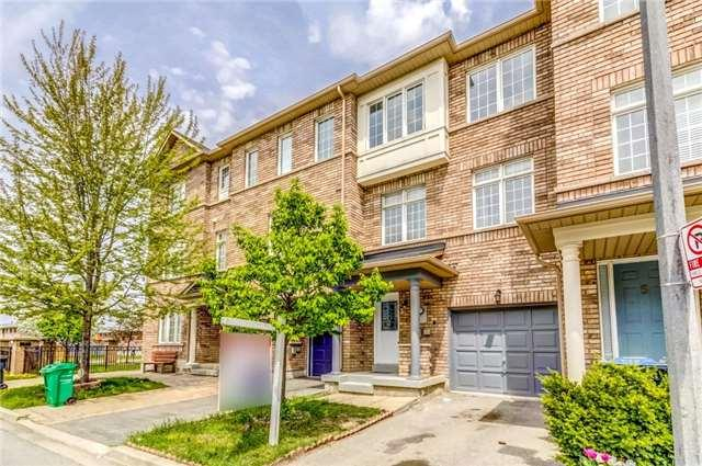 7035 Rexwood Rd #3, Mississauga, ON L4T 4M9 (#W4128804) :: Beg Brothers Real Estate