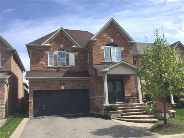 242 Bussel Cres, Milton, ON L9T 0W3 (#W4130266) :: Beg Brothers Real Estate