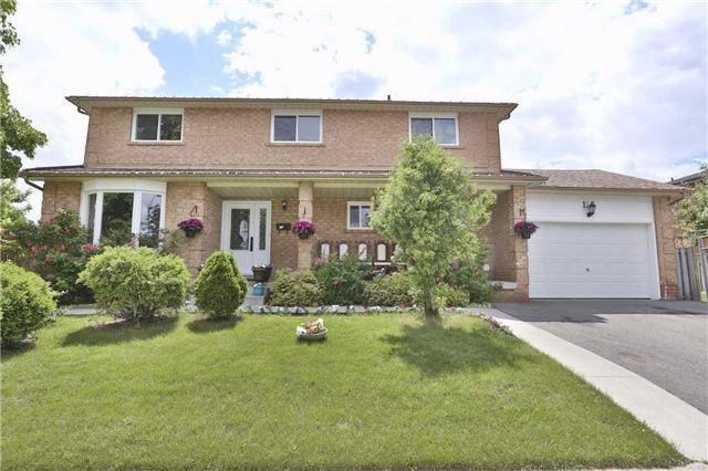 125 Wexford Rd, Brampton, ON L6Z 2T5 (#W4130370) :: Beg Brothers Real Estate
