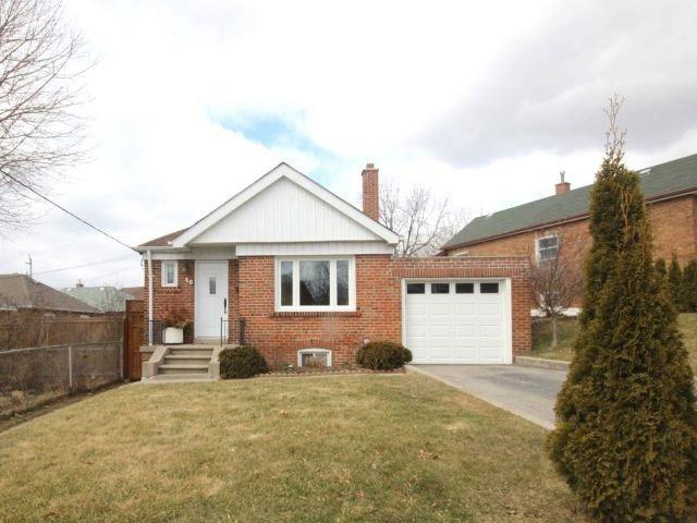 40 Harlton Cres, Toronto, ON M6M 1L1 (#W4130996) :: Beg Brothers Real Estate