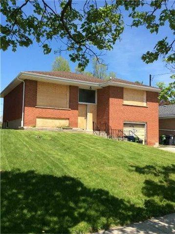 238 Elmhurst Dr, Toronto, ON M9W 2L8 (#W4131648) :: Beg Brothers Real Estate