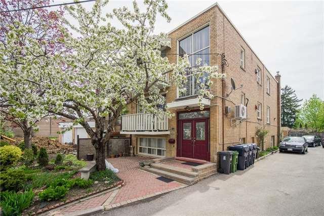 23 Elway Crt, Toronto, ON M6B 2N7 (#W4132350) :: Beg Brothers Real Estate