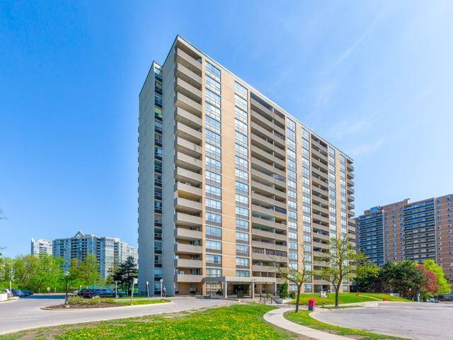 40 Panorama Crt #506, Toronto, ON M9V 4M1 (#W4133302) :: Beg Brothers Real Estate