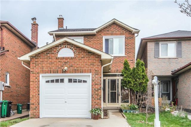 1001 Lucerne Cres, Mississauga, ON L5C 3X6 (#W4134025) :: Beg Brothers Real Estate