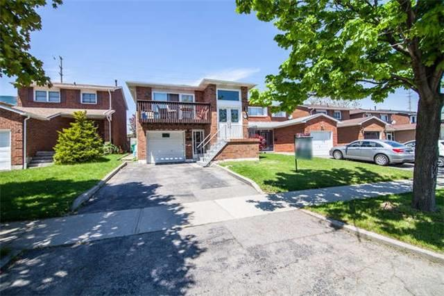 18 Philosophers Tr, Brampton, ON L6S 4C9 (#W4135208) :: Beg Brothers Real Estate
