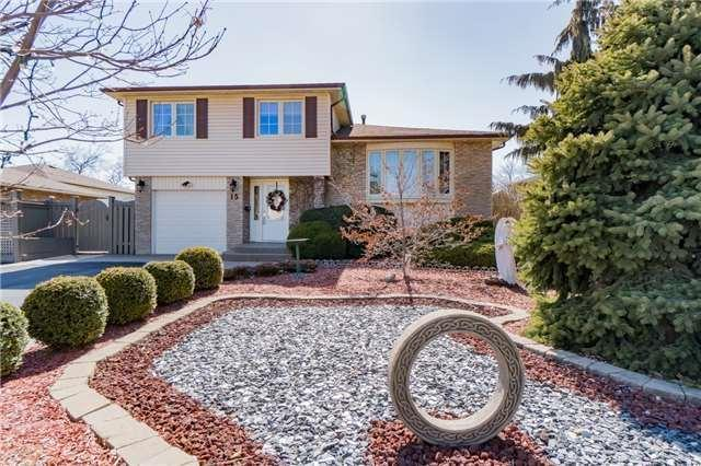 15 Groveland Cres, Brampton, ON L6S 1L1 (#W4135240) :: Beg Brothers Real Estate