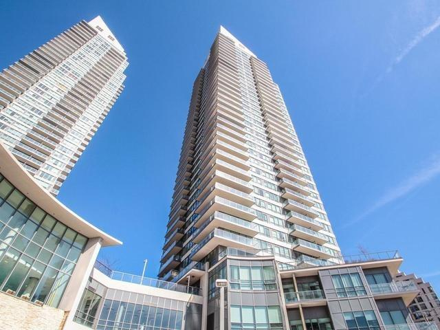 2240 W Lake Shore Blvd #704, Toronto, ON M8V 1A5 (#W4135270) :: Beg Brothers Real Estate