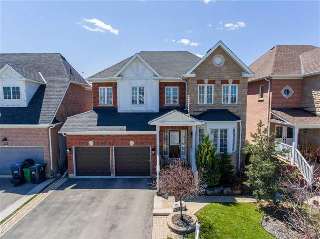 83 Donwoods Crt, Brampton, ON L6P 1T7 (#W4135370) :: Beg Brothers Real Estate