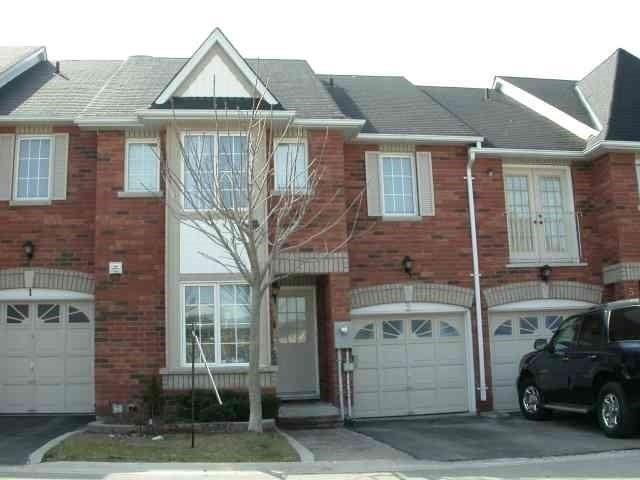 3 Dellview Way, Toronto, ON M3M 3H1 (#W4135932) :: Beg Brothers Real Estate