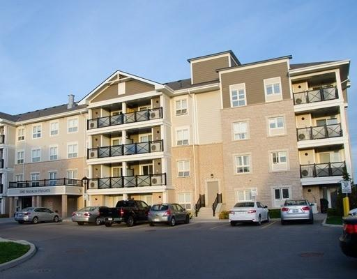 1045 Nadalin Hts #305, Milton, ON L9T 8R4 (#W4136235) :: Beg Brothers Real Estate