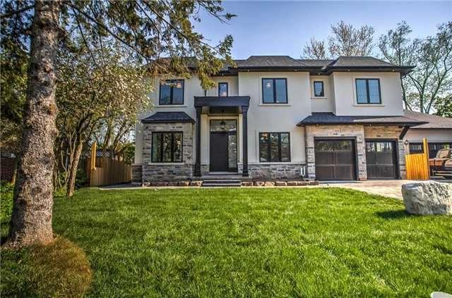 542 Wolsey Cres, Oakville, ON L6L 4W4 (#W4137426) :: Beg Brothers Real Estate
