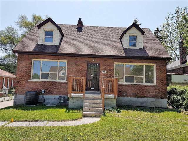 221 King St, Toronto, ON M9N 1L8 (#W4137690) :: Beg Brothers Real Estate