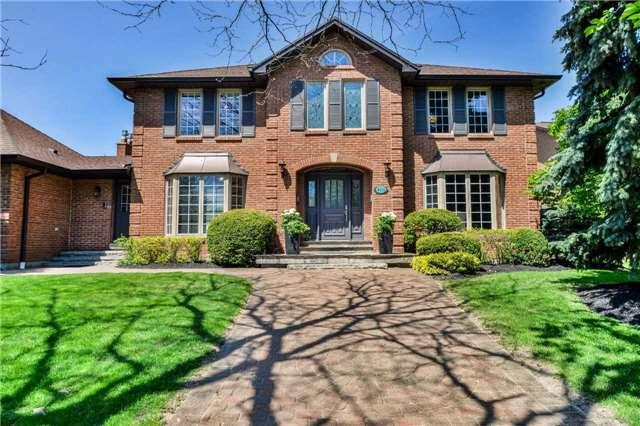 4111 Tapestry Tr, Mississauga, ON L4W 4E4 (#W4138170) :: Beg Brothers Real Estate