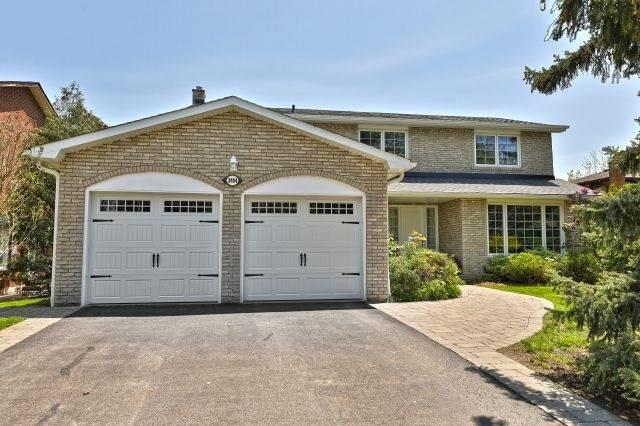 2484 Avongate Dr, Mississauga, ON L5C 2X6 (#W4139004) :: Beg Brothers Real Estate