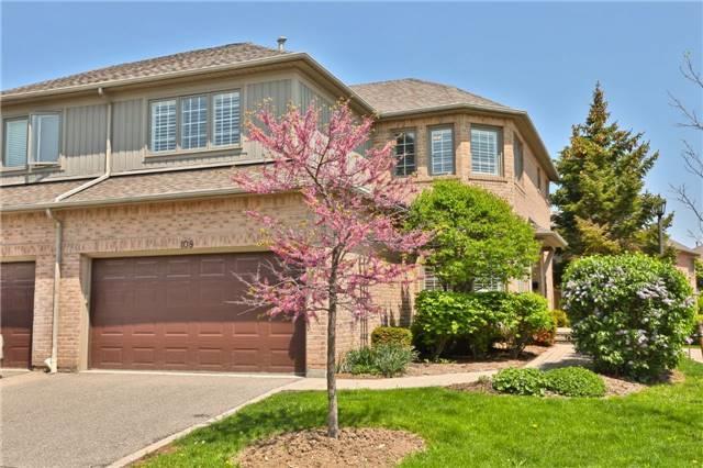 5480 Glen Erin Dr #108, Mississauga, ON L5M 5R4 (#W4139006) :: Beg Brothers Real Estate