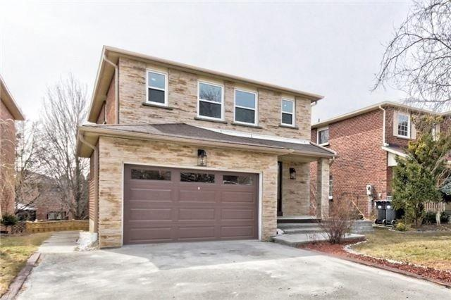 6247 Camgreen Circ, Mississauga, ON L5N 4M5 (#W4139376) :: Beg Brothers Real Estate