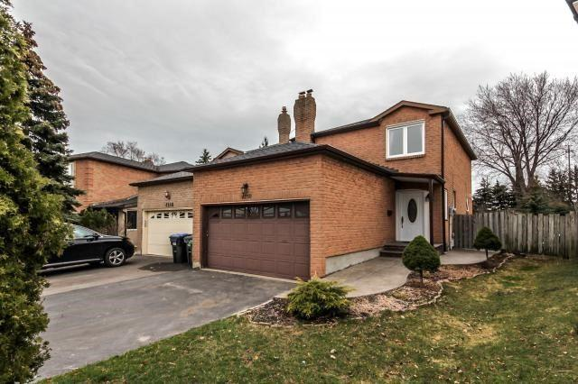 4250 Forest Fire Lane, Mississauga, ON L4W 3P4 (#W4139674) :: Beg Brothers Real Estate