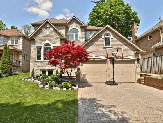 1543 Polesden Dr, Mississauga, ON L5G 4P8 (#W4140483) :: Beg Brothers Real Estate