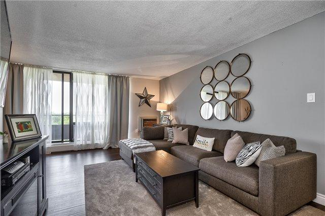 2929 Aquitaine Ave #704, Mississauga, ON L5N 2C7 (#W4141261) :: Beg Brothers Real Estate