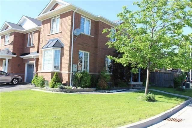 23 Dunure Cres, Brampton, ON L7A 2Y5 (#W4141437) :: Beg Brothers Real Estate