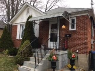 37 N Pine Ave, Mississauga, ON L5H 2P9 (#W4172267) :: Beg Brothers Real Estate