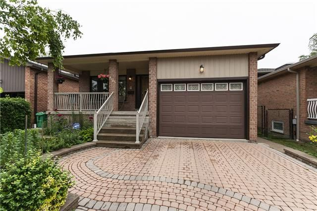 4143 Hickory Dr, Mississauga, ON L4W 1L1 (#W4172501) :: Beg Brothers Real Estate