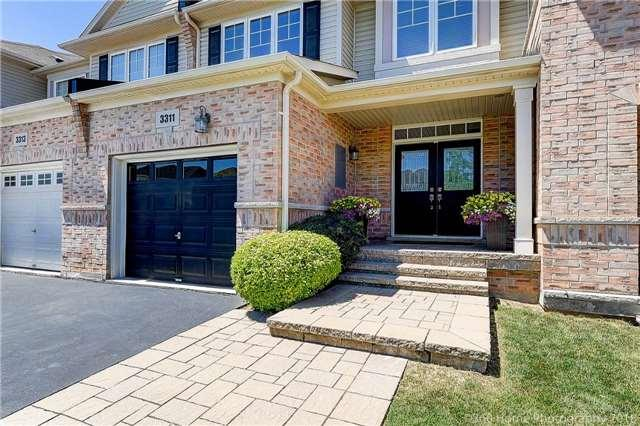 3311 Stalybridge Dr, Oakville, ON L6M 0L1 (#W4192971) :: RE/MAX Prime Properties