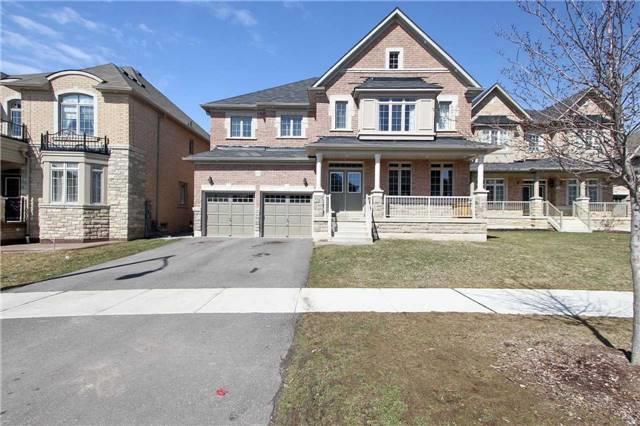 44 Berkwood Hllw, Brampton, ON L6Y 2Y1 (#W4193212) :: RE/MAX Prime Properties
