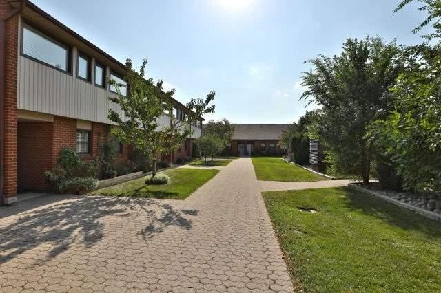 530 Falgarwood Dr #29, Oakville, ON L6H 1N3 (#W4252562) :: RE/MAX Prime Properties