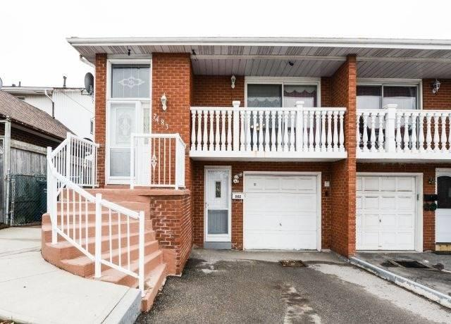 7483 Sigsbee Dr, Mississauga, ON L4T 3S5 (#W4390561) :: Jacky Man | Remax Ultimate Realty Inc.