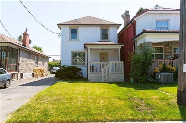 34 Brownville Ave, Toronto, ON M6N 4L3 (#W4416043) :: Jacky Man | Remax Ultimate Realty Inc.