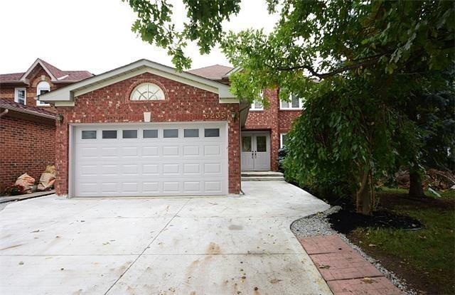 3235 Bloomfield Dr, Mississauga, ON L5N 6V2 (#W4420148) :: Jacky Man | Remax Ultimate Realty Inc.