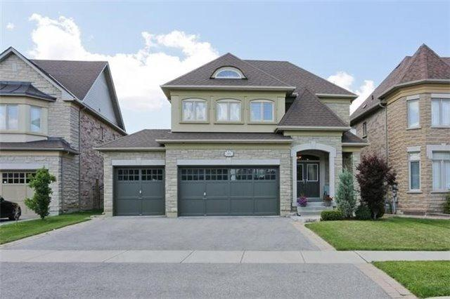 568 Amarone Crt, Mississauga, ON L5W 0A7 (#W4421919) :: Jacky Man | Remax Ultimate Realty Inc.