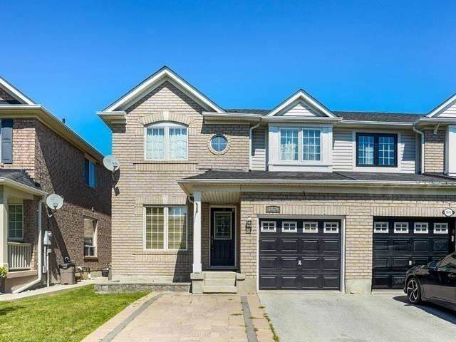 1074 Wallbrook Cres, Milton, ON L9T 5W4 (#W4914493) :: The Ramos Team
