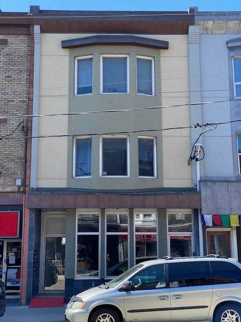 388 Roncesvalles Ave - Photo 1