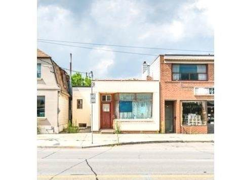 712 The Queensway, Toronto, ON M8Y 1L3 (#W5226803) :: The Ramos Team