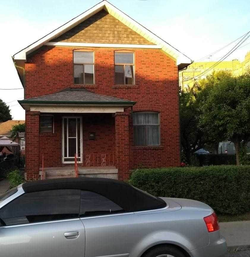 3 Bicknell Ave - Photo 1