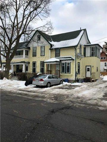 4460 Huron St, Niagara Falls, ON L2E 2H2 (#X4018061) :: Apex Realty Network