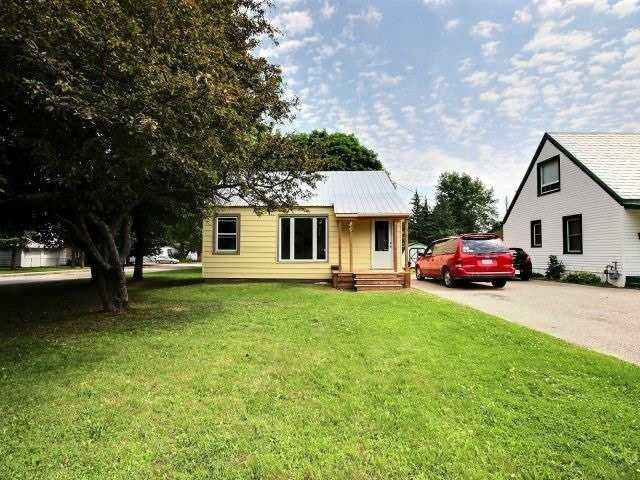49 Jasper Ave, Smiths Falls, ON K7A 4C4 (#X4041527) :: Beg Brothers Real Estate