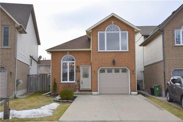 51 Dalegrove Cres, Hamilton, ON L8J 3R5 (#X4092252) :: Beg Brothers Real Estate