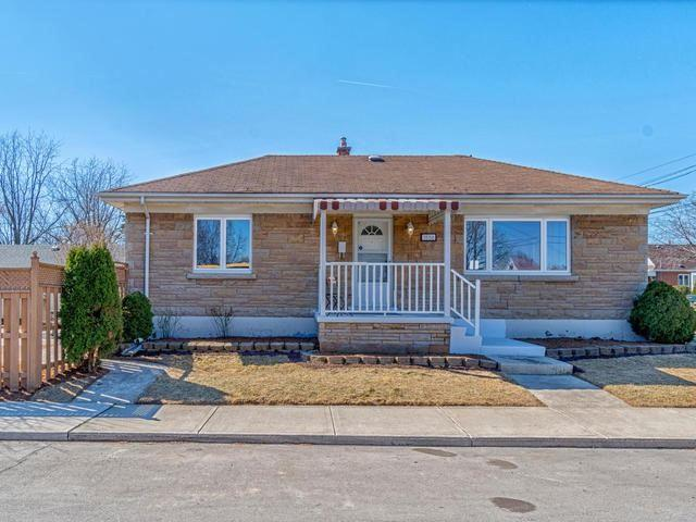 1556 Lucerne Ave, Hamilton, ON L8K 1R4 (#X4115685) :: Beg Brothers Real Estate