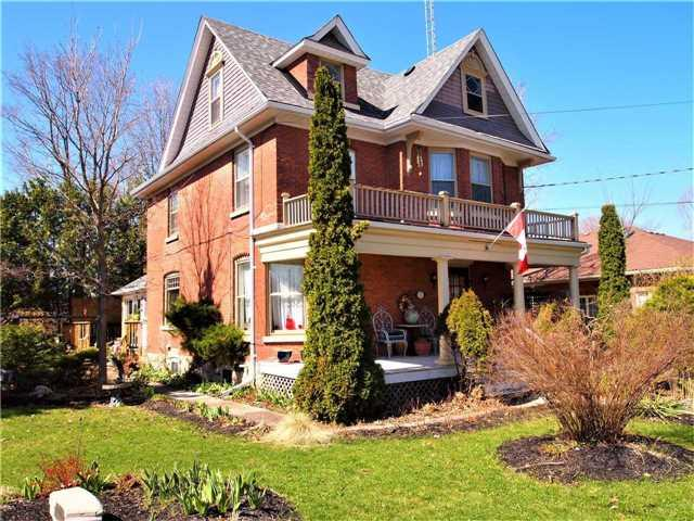 7 Queen St, Kawartha Lakes, ON K0M 1N0 (#X4122962) :: Beg Brothers Real Estate