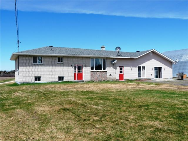 251 Giroux-Vezina Rd, West Nipissing, ON P0H 1M0 (#X4130260) :: Beg Brothers Real Estate