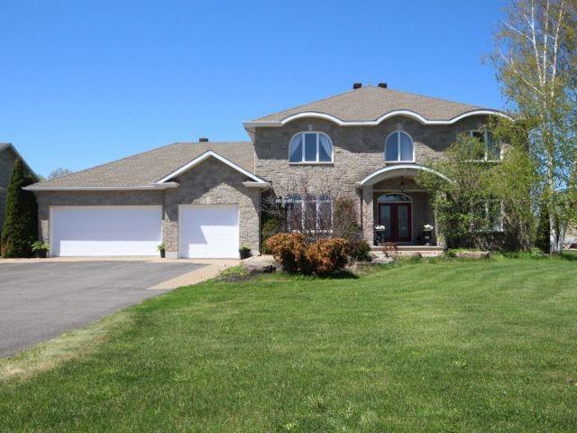 408 Lockmaster Crct, Ottawa, ON K4M 1L8 (#X4131567) :: Beg Brothers Real Estate