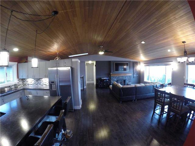 408 Gleneagles Dr, Out Of Area, ON V2E 1Z4 (#X4133970) :: Beg Brothers Real Estate