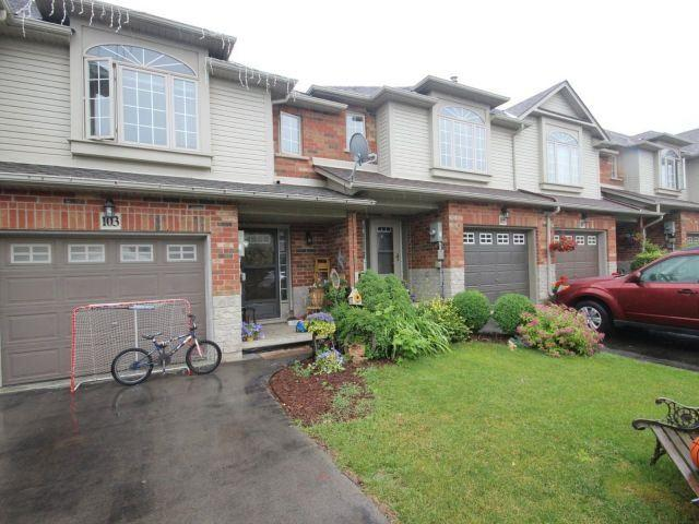103 Magnolia Cres, Grimsby, ON L3M 5R5 (#X4172515) :: Beg Brothers Real Estate