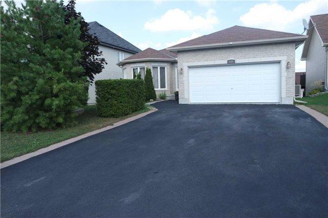 157 Louise St, Clarence-Rockland, ON K4K 1R7 (#X4258252) :: Jacky Man | Remax Ultimate Realty Inc.