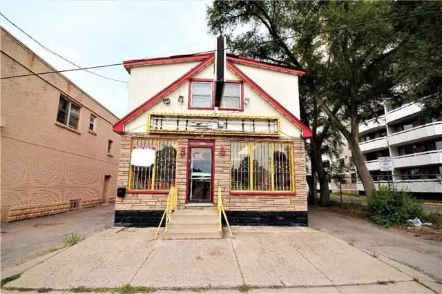 215 Melvin Ave, Hamilton, ON L8H 2K6 (#X4371767) :: Jacky Man | Remax Ultimate Realty Inc.